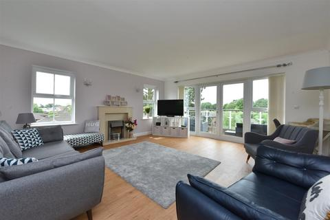 2 bedroom apartment for sale - Windsor Court, Aughton Park Drive, Aughton