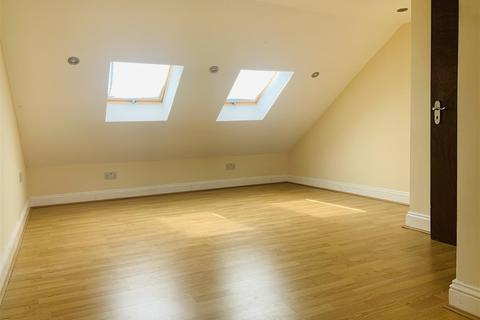 4 bedroom house to rent - Lowden Road, London
