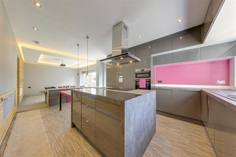 4 bedroom detached house for sale - Burnley Road East, Lumb, Rossendale