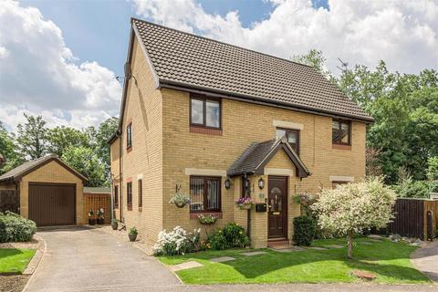 5 bedroom detached house for sale - Elmfield Close, Potterspury, Towcester