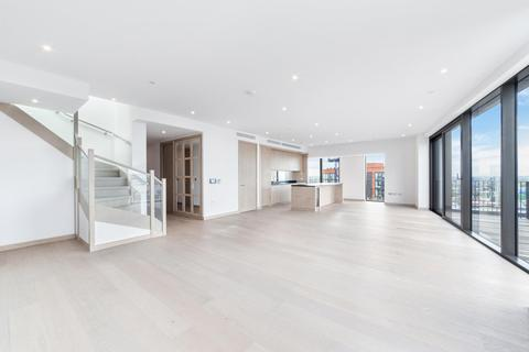 3 bedroom apartment to rent - Legacy Building, Embassy Gardens, London, SW11