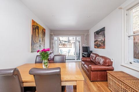 2 bedroom apartment to rent - Townmead Road London SW6