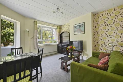 2 bedroom flat to rent - Blaxland House, White City Estate W12 7NH