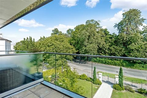 3 bedroom apartment for sale - The Park, Cheltenham, GL50