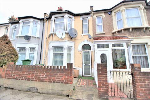 3 bedroom terraced house for sale - Fanshawe Avenue, Barking IG11
