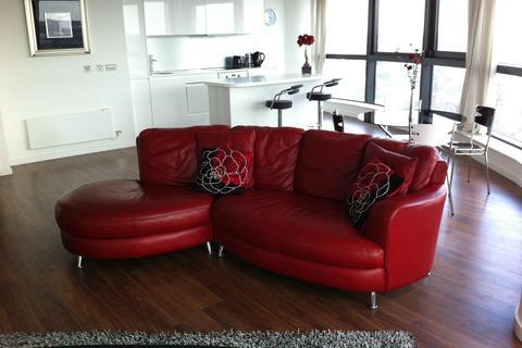 2 bedroom flat to rent - Bridgewater Place, Water Lane, Leeds