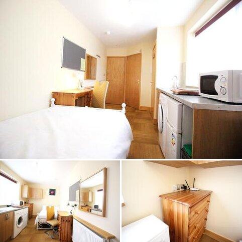 Studio to rent - Queens road, Earlsdon, Coventry CV1