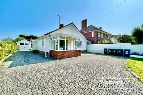 2 bedroom bungalow for sale - Belle Vue Road, Bournemouth, BH6