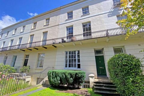 2 bedroom flat for sale - St. Stephens Road, Cheltenham
