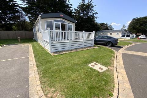 2 bedroom bungalow for sale - Orchid, Hoburne Park, Christchurch, BH23
