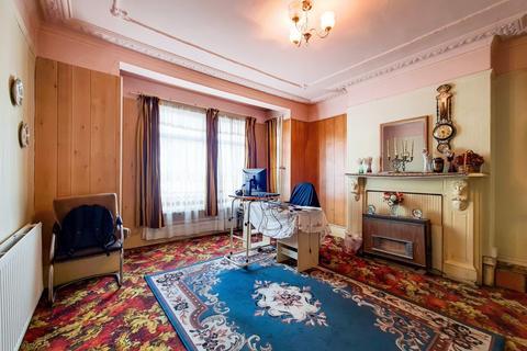 5 bedroom semi-detached house for sale - Wightman Road, Wightman Road, London N8