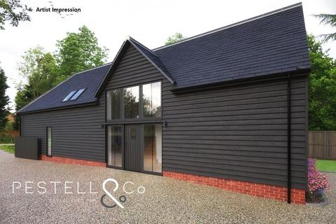 4 bedroom barn conversion for sale - Thaxted Road, Debden