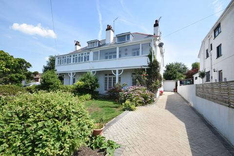 6 bedroom semi-detached house for sale - 2 Clevis Crescent, Porthcawl, Bridgend County Borough, CF36 5NY