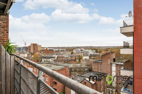 2 bedroom apartment to rent - Eclipse House, Wood Green