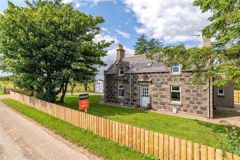 4 bedroom detached house for sale - The Old Farmhouse, Upper Kinnadie, Auchnagatt, Ellon, Aberdeenshire, AB41