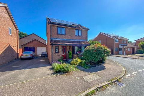 4 bedroom detached house for sale - Haverscroft Close, Taverham, Norwich