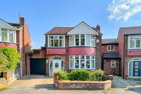 4 bedroom detached house to rent - Ambleside Road, Flixton, Manchester, M41