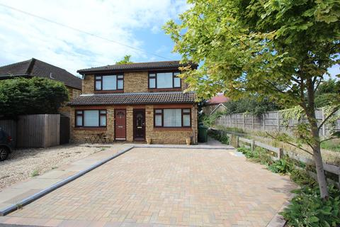 1 bedroom terraced house to rent - Gordon Road, Ashford, TW15