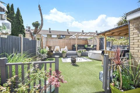 4 bedroom terraced house for sale - Gorse Avenue, Chatham, ME5