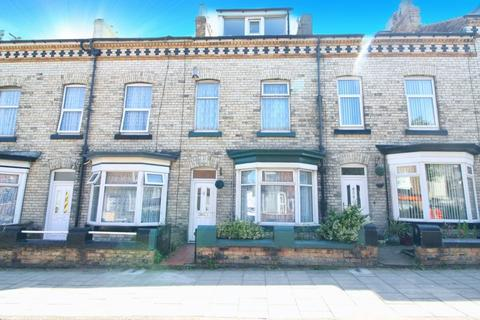 3 bedroom terraced house for sale - Prospect Road, Scarborough