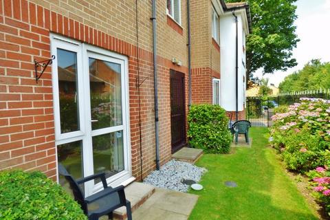 1 bedroom apartment for sale - Kennett Court, Swanley