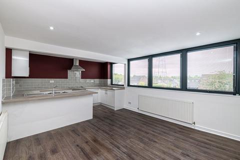 2 bedroom apartment to rent - Gainsborough Road, Warrington