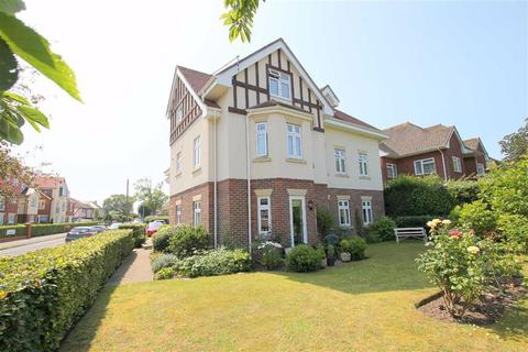 2 bedroom flat for sale - Magnolia House, Stuart Road, Highcliffe, Christchurch, Dorset
