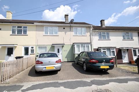 3 bedroom terraced house for sale - Penhill Drive, Swindon