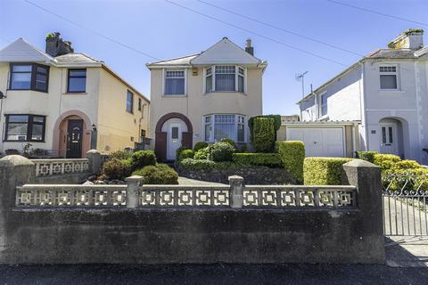 3 bedroom detached house for sale - 84 Waterloo Road, Milford Haven, SA73 3PE