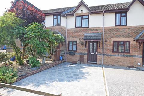 2 bedroom terraced house to rent - Burrstock Way, Rainham, GILLINGHAM