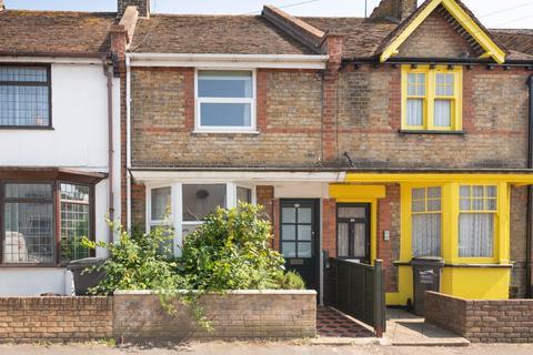 2 bedroom terraced house for sale - Magdala Road, Broadstairs