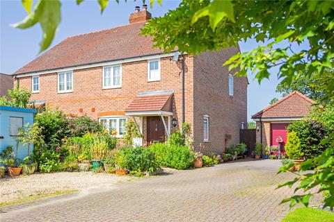 4 bedroom semi-detached house for sale - Rutherford Close, Highclere, Newbury, Berkshire, RG20