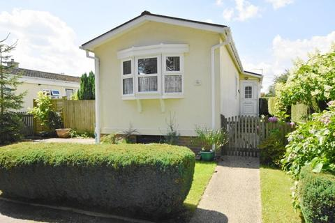 2 bedroom park home for sale - Hillbury Road Alderholt SP6 3BW