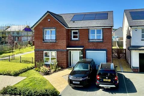 4 bedroom detached villa for sale - 18 Nairn Drive, Dargavel, Bishopton