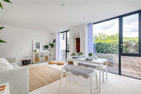 2 bedroom apartment to rent - Latitude House, Primrose Hill / Camden Town borders NW1