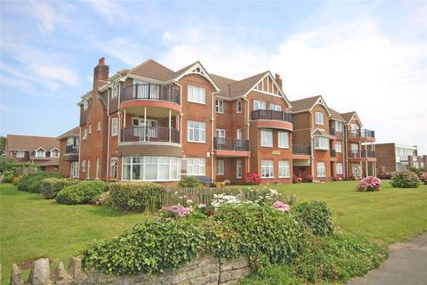 2 bedroom apartment for sale - Marine Drive, Barton on Sea, New Milton, BH25