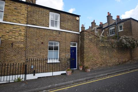 2 bedroom terraced house to rent - Trinity Grove, Greenwich, SE10 8TE
