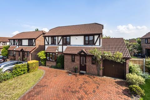 4 bedroom detached house for sale - Bridgewater Place, Leybourne
