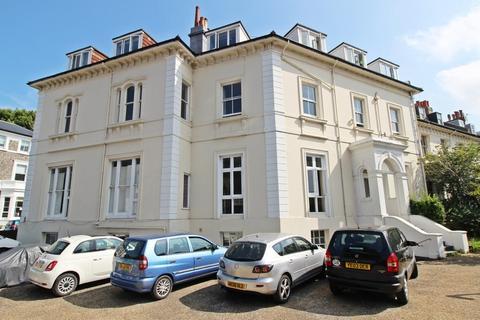 3 bedroom apartment for sale - Belmont, Brighton, BN1 3TX