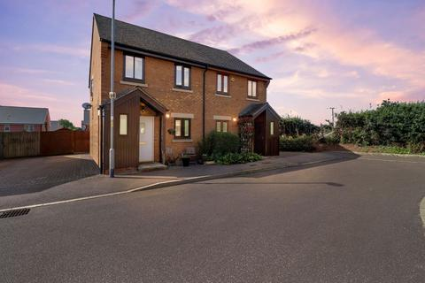 2 bedroom semi-detached house for sale - Beckworth Grove, Empingham LE15 8PL