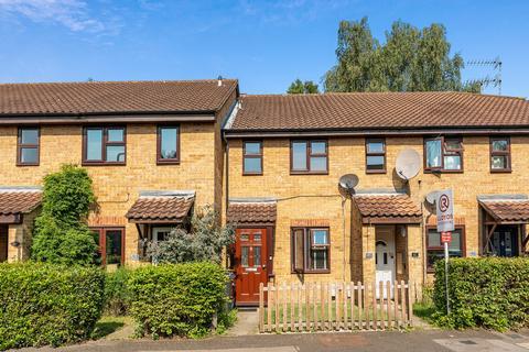 1 bedroom ground floor flat for sale - Osprey Close, Wanstead