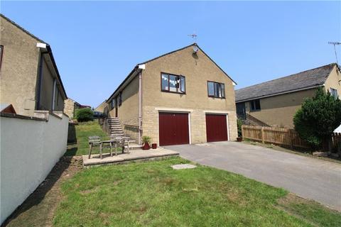 3 bedroom bungalow for sale - Moorland Rise, Embsay, Skipton