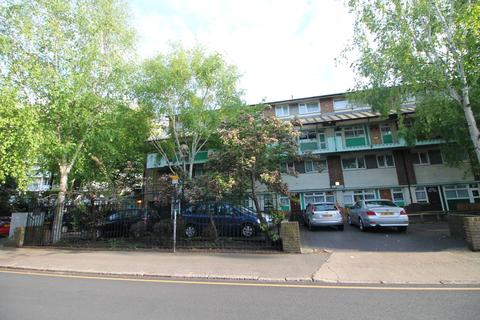 3 bedroom flat to rent - Canning Town, London, E16