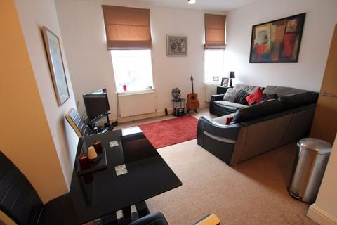 2 bedroom apartment to rent - Flixton Road, Urmston, Trafford, M41