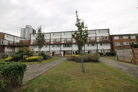 2 bedroom flat for sale - John Barnes Walk, London, E15
