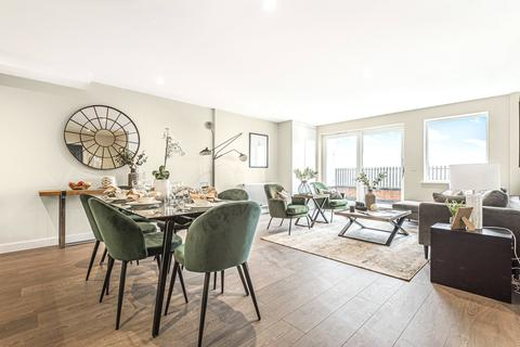 3 bedroom apartment for sale - Chatfield Road, London, SW11