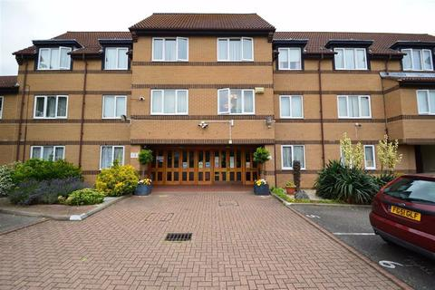1 bedroom retirement property for sale - Limewood Court, Ilford, Essex, IG4