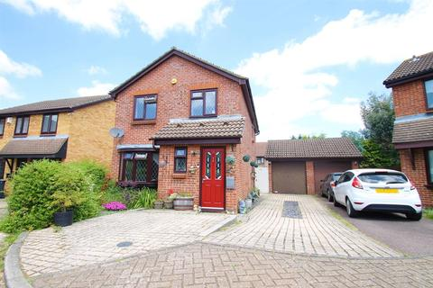 4 bedroom detached house for sale - The Mead, Leybourne, West Malling