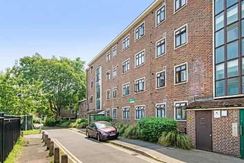 3 bedroom flat for sale - Lennox Road, Haden Court, Finsbury Park