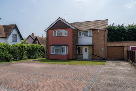3 bedroom detached house for sale - Avenue Road, Herne Bay